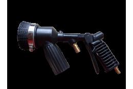 Pistole s tryskou a odsávací hlavicí